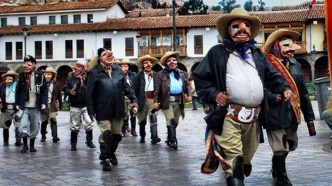 the masks - Cuzco, Perú