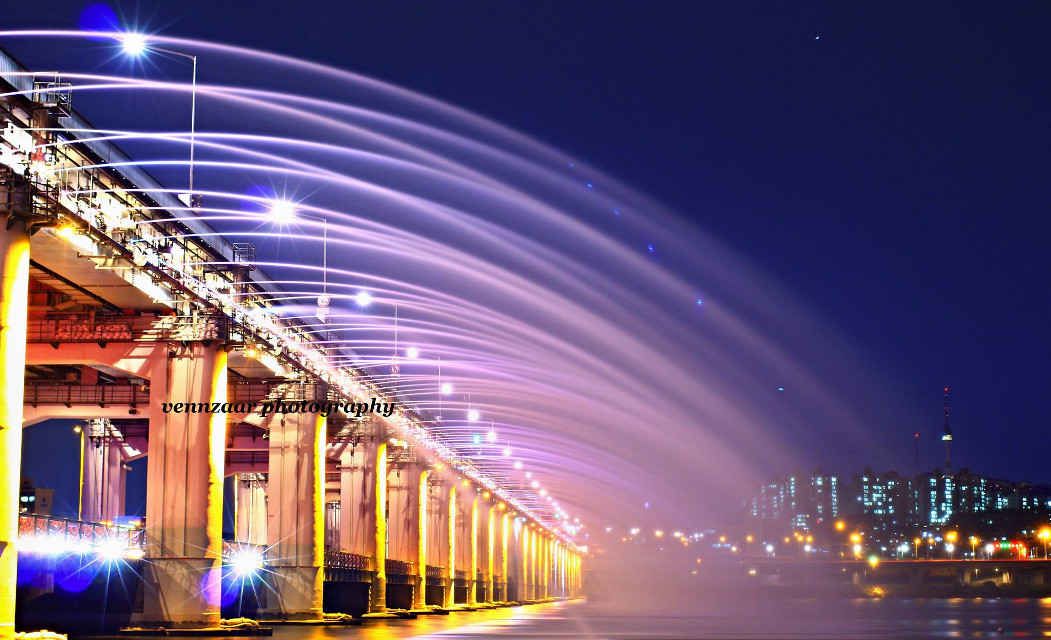 Banpo Bridge...    the  Night Shower  in banpo seoul south korea #colorful  one Click , one Moment ,  one Memory...  Vennzaar Photography.